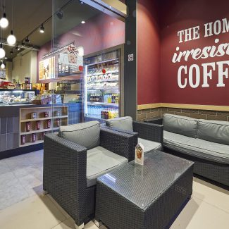 Retail fit out for coffee franchise - COSTA COFFEE - Spain