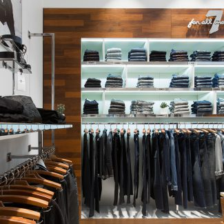 Design of retail outlets for a clothing brand - 7 FOR ALL MANKIND - France
