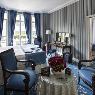 Delivering 7 suites for a famous hotel - ASTOR SAINT-HONORE - France