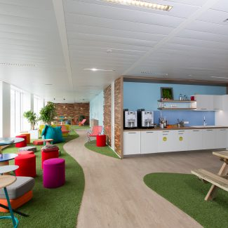 Creative design and delivery of a new head office - BlaBlaCar - France