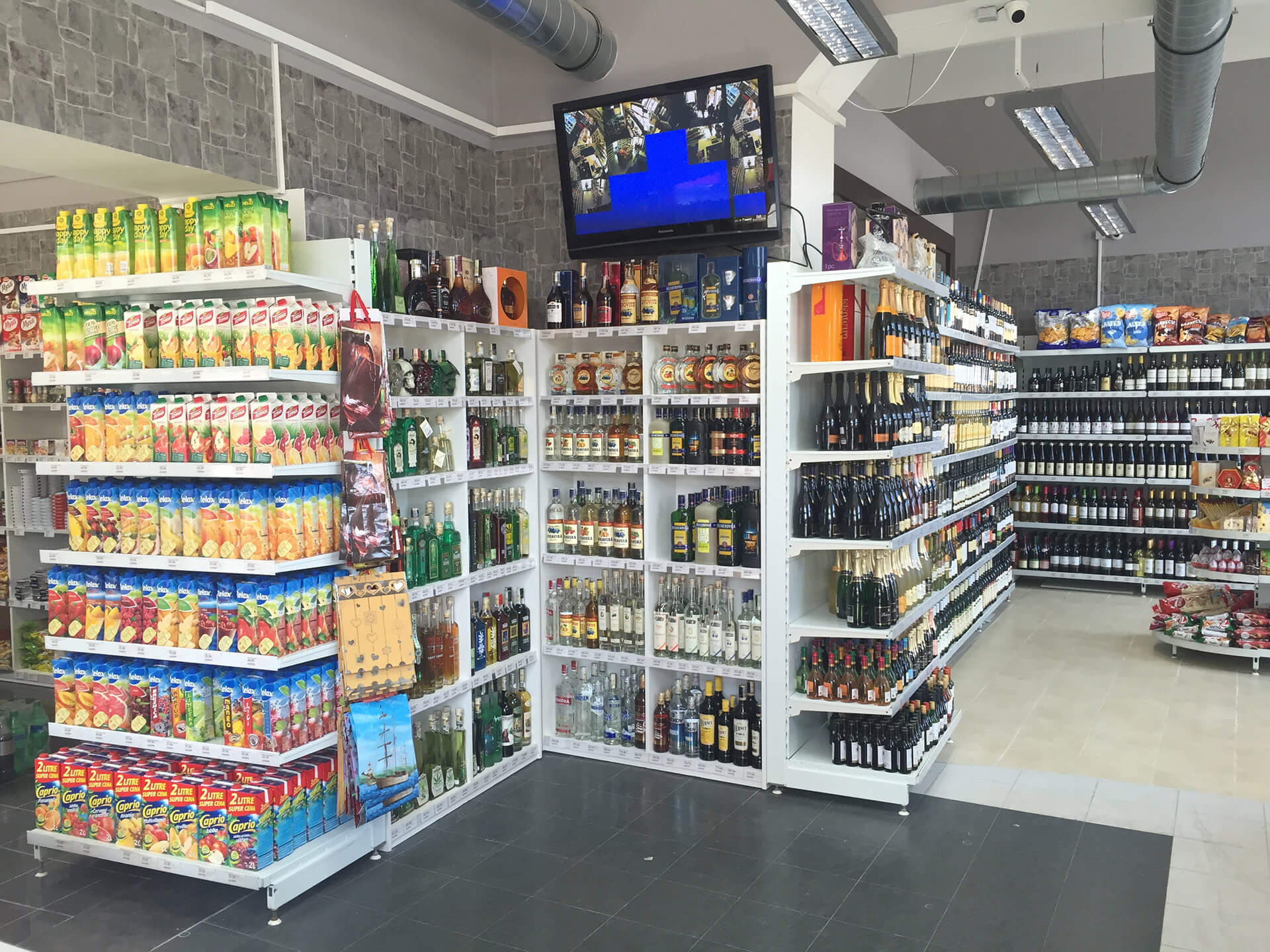 The first Retail Fit-out for Tétris - C&H market - Czech Republic