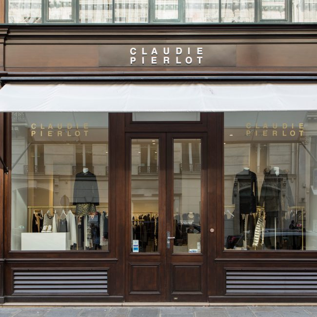 Delivery of a clothing retail outlet - CLAUDIE PIERLOT - France