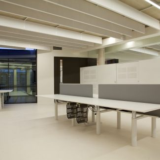 Office fit-out - EMHART  - Netherlands
