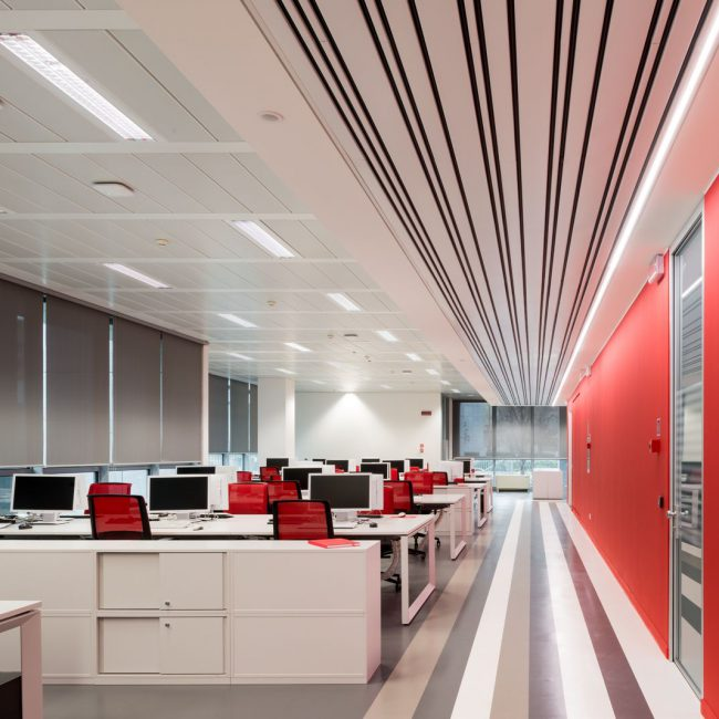 A creative office design for a tech company - FUJITSU - Italy