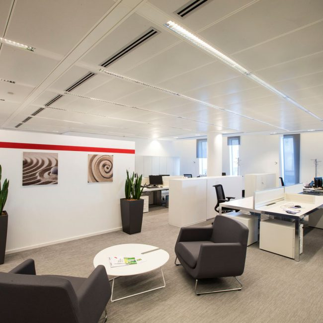 Making the most of the office layout - HITACHI DATA SYSTEMS - Italy