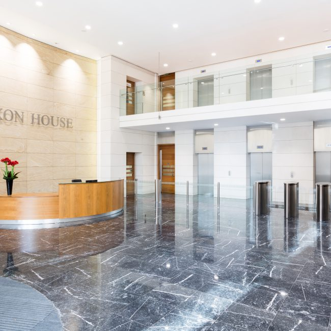Contemporary lobby fit-out - Juxon House - United Kingdom