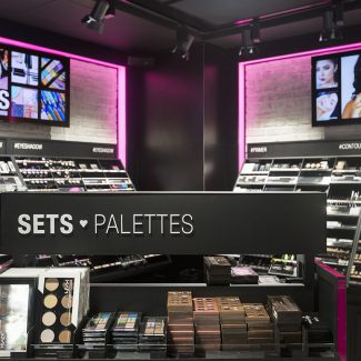 Deployment of several stores for a large retailer - NYX - France