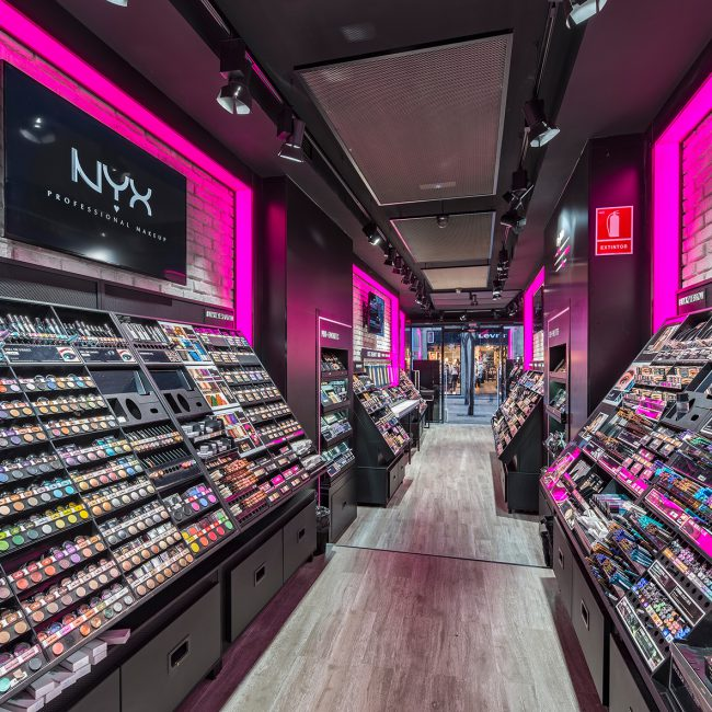 Retail fit out for cosmetics franchise - NYX - Spain