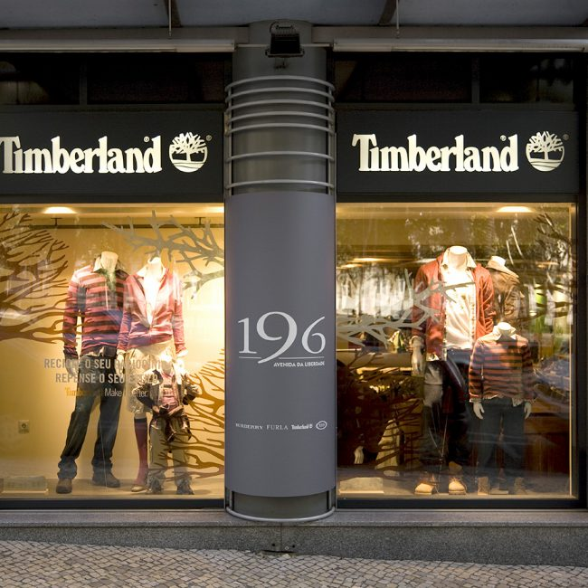 Construction works for fashion and accessories store   - Timberland - Portugal