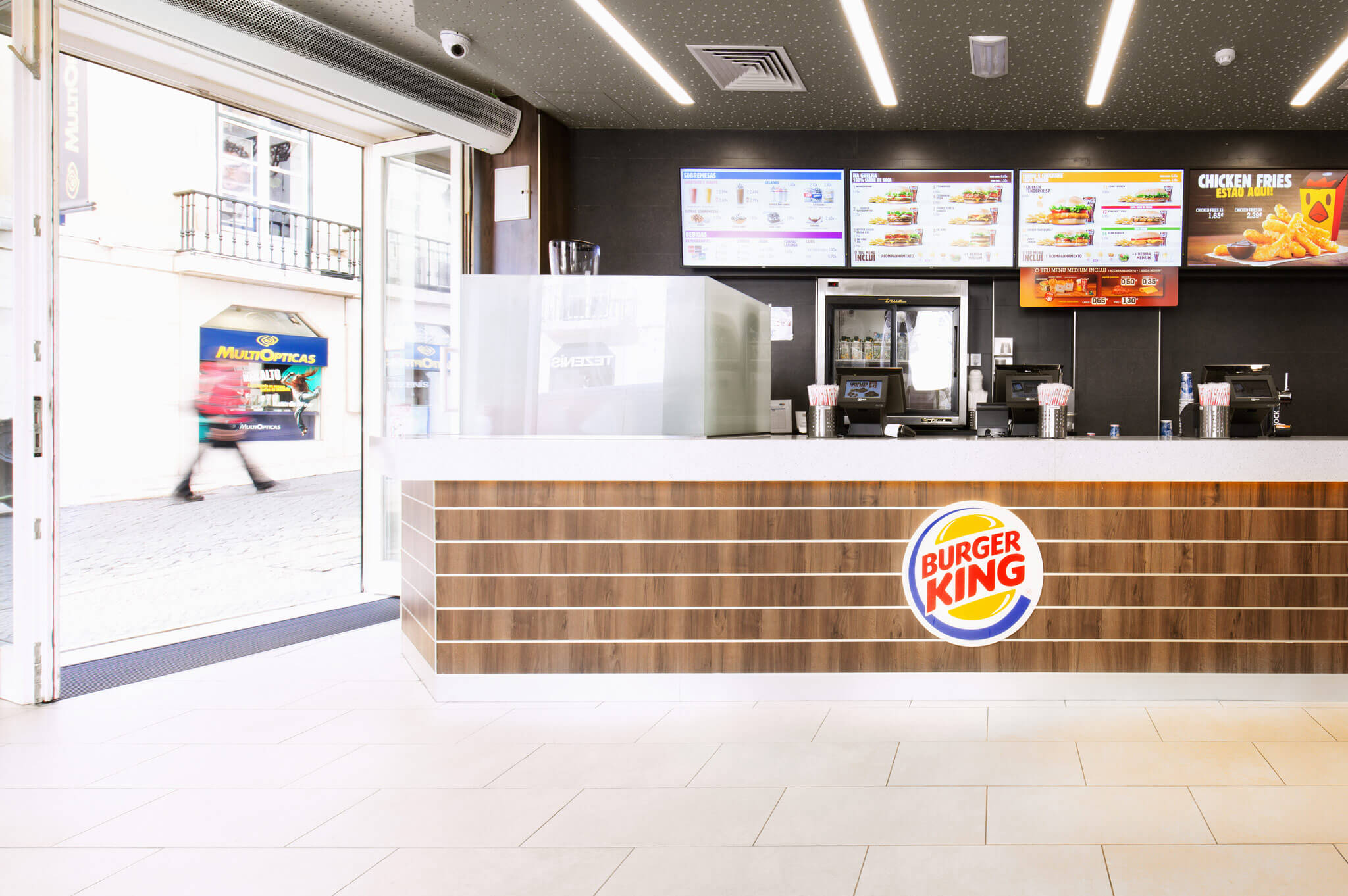 Obra para restaurante de rua - BURGER KING - Portugal